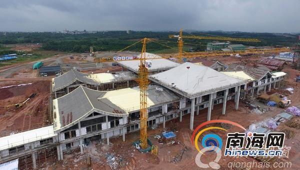琼海:博鳌机场消防救援站、中心变电站二次结构已完成