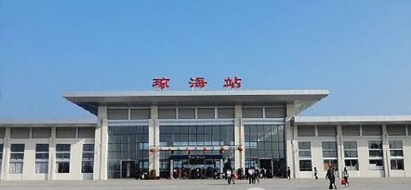 琼海:手机购火车票 火车站闸机口不识别拒乘客上车