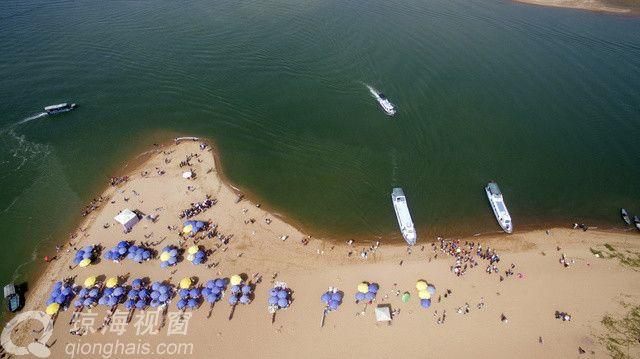 春节期间的琼海:玉带滩游人如织