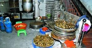 琼海一59岁阿婆卖粽子被查出添加硼砂被带入公堂