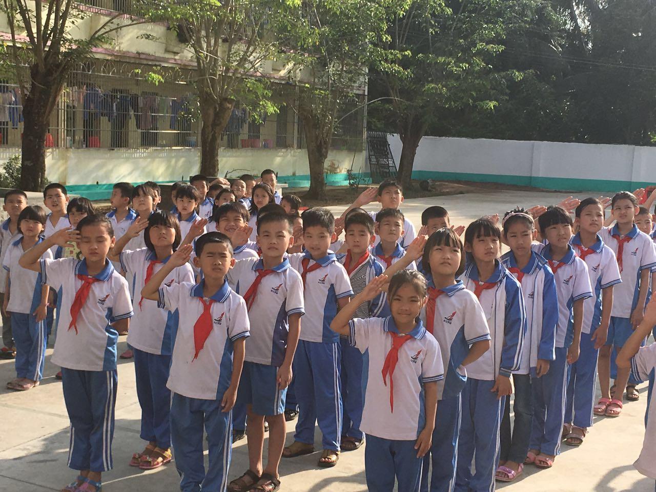 教学生学感恩, 琼海长江学校这样干了。。。