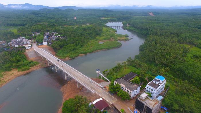 琼海东太大桥建成通车