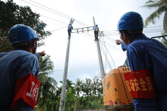 琼海市委书记率四套班子现场协调解决难题,电网建设速度明显加快