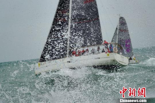 2017首届更路簿杯帆船赛在海南琼海潭门启航