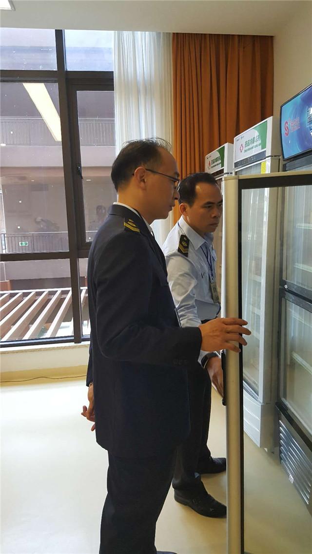 琼海市食药监局对博鳌地区保健食品经营企业进行重点检查