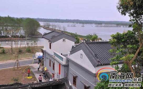 琼海博鳌小镇780户屋顶立面改造工作全部完成