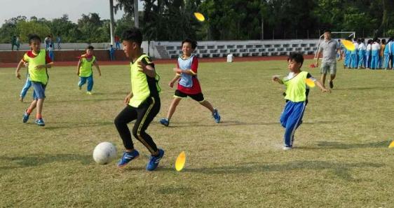 潭门镇中心学校第一届足球联赛精彩落幕