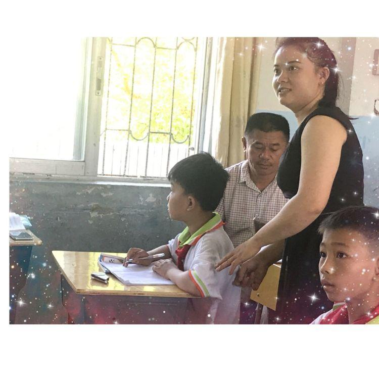 潭门镇中心学校开展数学学科送教下村教研活动