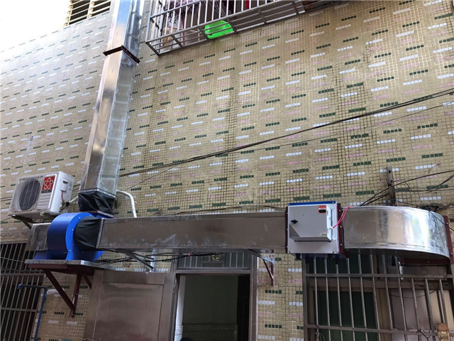 塔洋食药监所全面开展餐饮服务业油烟污染专项整治