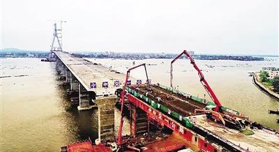 铺前大桥地面作业已完工 力争10月主桥合龙