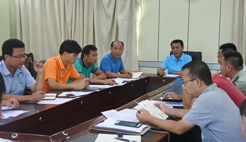 潭门镇召开2017年第4号台风防风工作会议