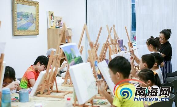 琼海山叶筑梦艺术空间正式运行 扶持青年艺术家创新创业