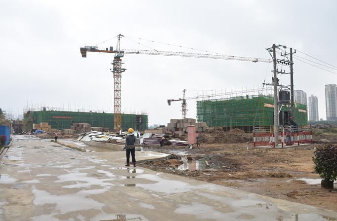 琼海中学附属小学建设项目进展顺利 预计明年8月竣工投入使用