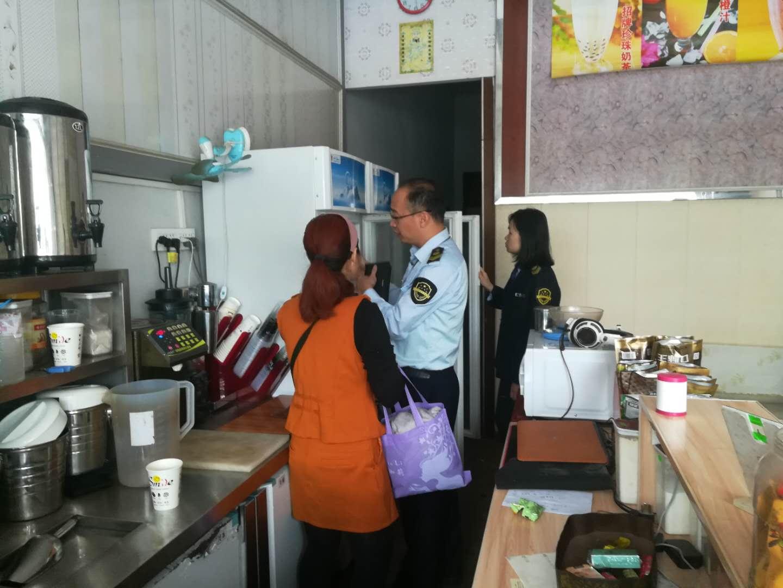 琼海市食药监局开展长坡镇学校周边小餐饮专项整治