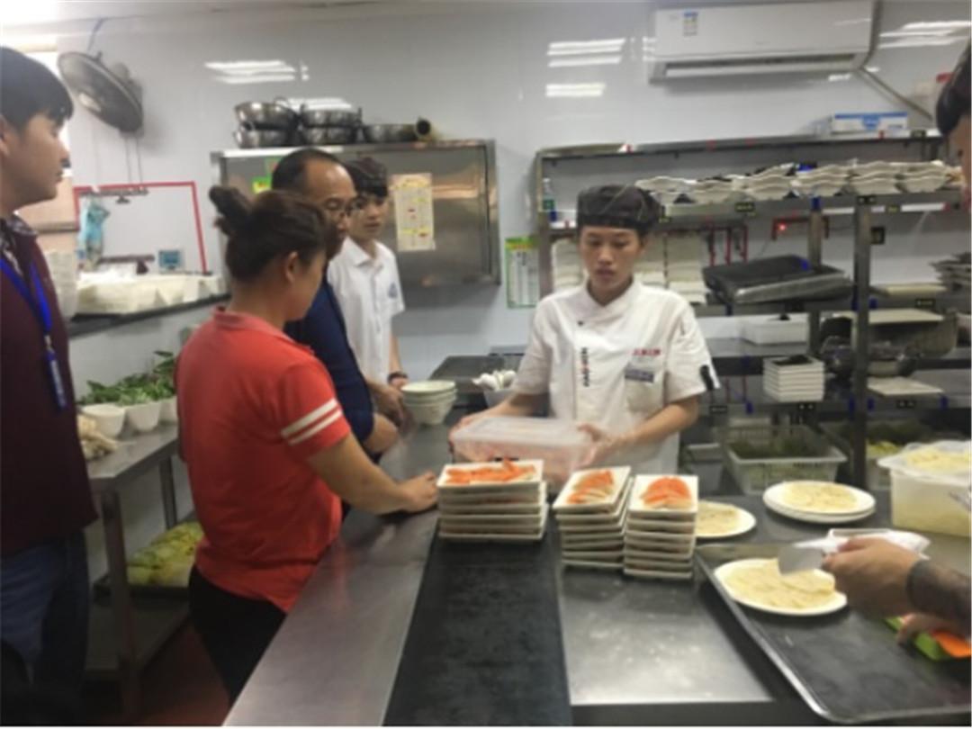 琼海市食药监局开展2019年春节节前旅游餐饮专项整治工作