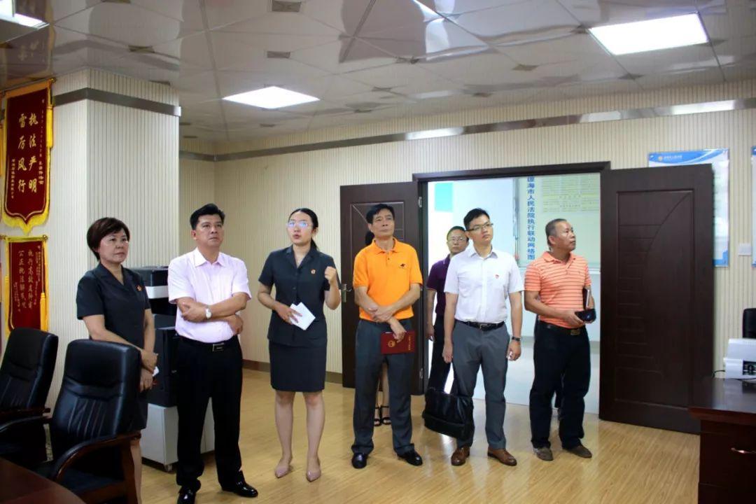 市人大常委会副主任吴坚强到法院调研涉民营企业案件审理及执行工作情况
