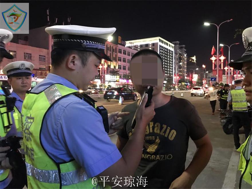 琼海公安交警查获一起饮酒后驾驶营运机动车的交通违法行为