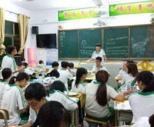 嘉积三中老师王冬容:敢于放手尝试,还你一份惊喜