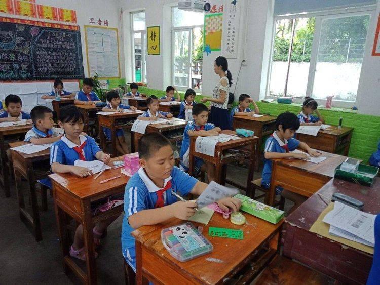 长江学校开展2018至2019第二学期期末质量检测