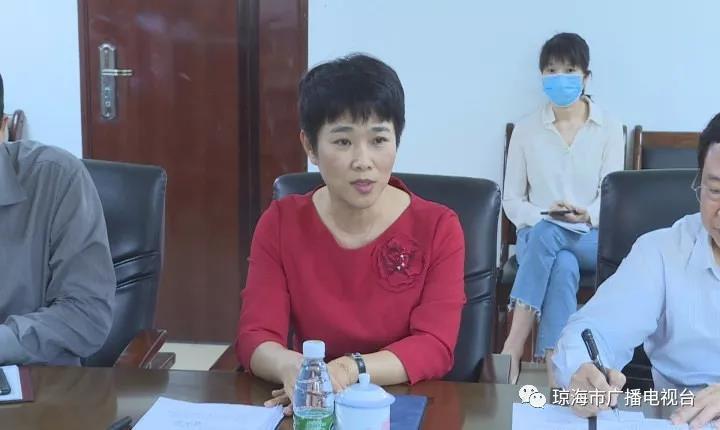 <a href='http://www.qionghais.com/html/redian/20200126-47560.html' target='_blank'>琼海市召开防控新型冠状病毒感染肺炎...</a>