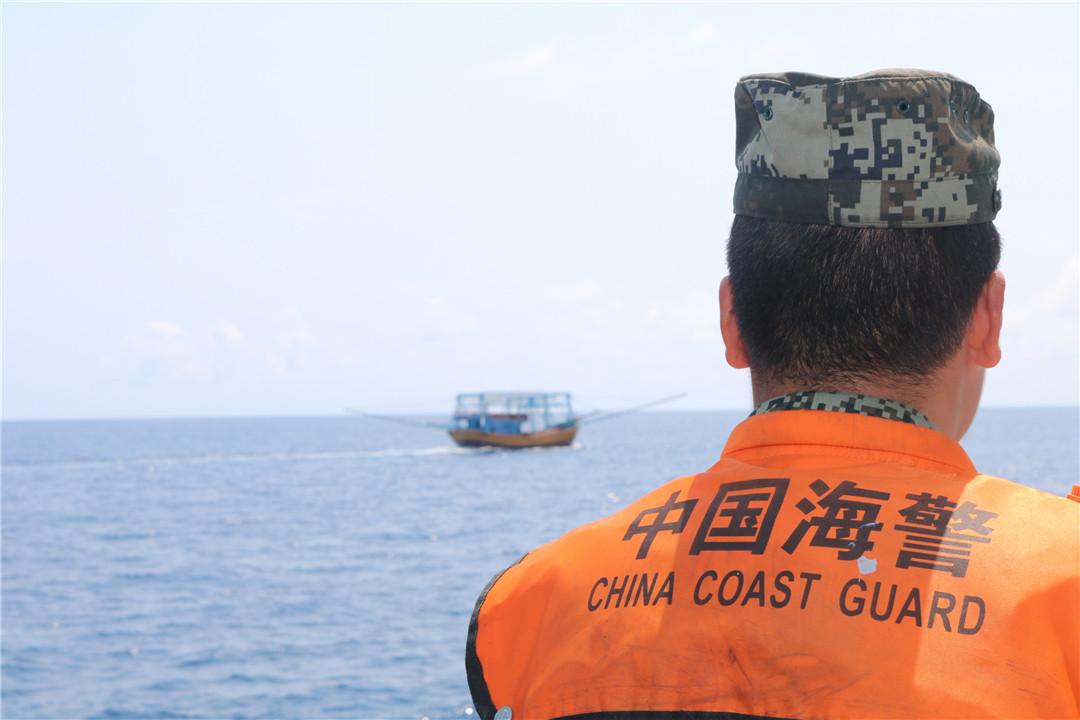 """琼海海警局开展""""三无""""船舶专项整治行动"""