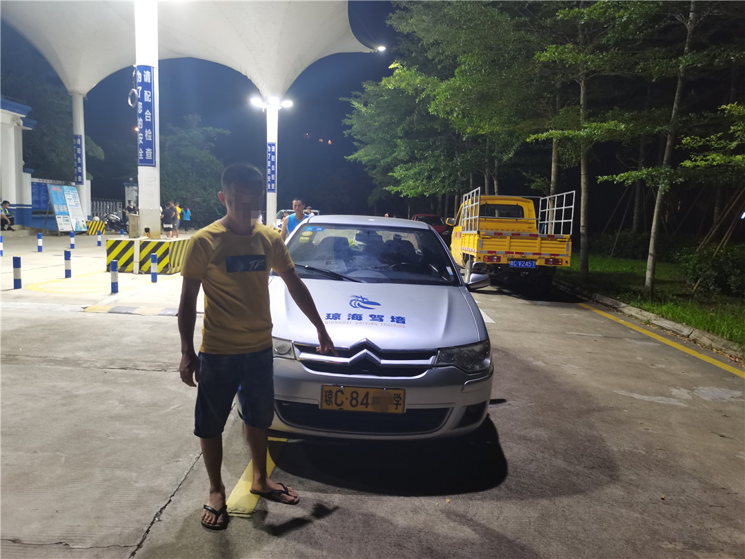 琼海公安交警查获一起饮酒后驾驶营运机动车交通违法行为