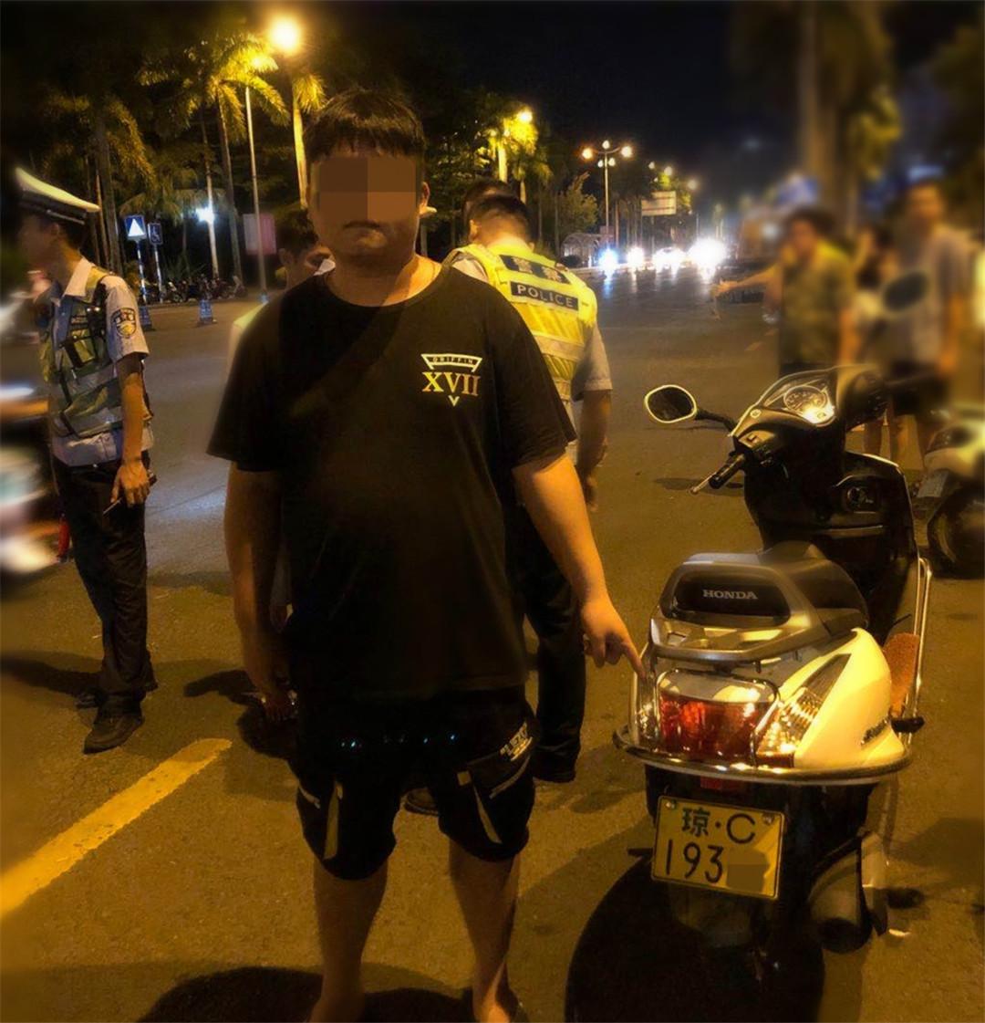 一男子无证+酒驾,琼海公安交警依法拘留没商量