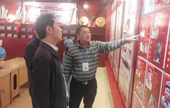 王春泉局长到阳江镇调研指导教育教学工作
